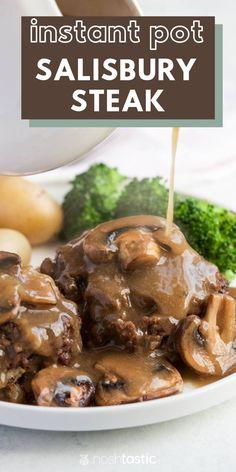 instant pot salisbury steak, easy recipe the whole family will LOVE! Easy Steak Recipes, Meat Recipes, Crockpot Recipes, Cooking Recipes, Instant Recipes, Instant Pot Dinner Recipes, Instant Pot Pressure Cooker, Pressure Cooker Recipes, Food Dinners