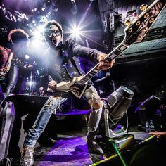 Vienna, YOU GAVE IT TO ME!!! #StrutTour