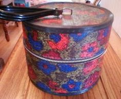 Vintage hat box, floral with handle
