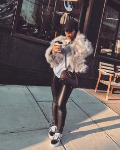Pin by My Info on Fall outfits in 2019 Chill Outfits, Dope Outfits, Trendy Outfits, Fashion Outfits, Womens Fashion, Winter Looks, Winter Fits, Black Girl Fashion, Look Fashion