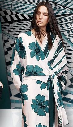 Women S Affordable Fashion Websites Info: 6789716270 Simply Fashion, Fashion And Beauty Tips, Fashion Over 50, Womens Clothing Stores, Clothes For Women, Leotard Fashion, Retro Dress, Fashion Stylist, Fashion Outfits