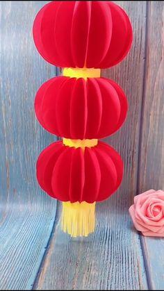 Diy Crafts Hacks, Diy Crafts For Gifts, Diy Home Crafts, Diy Arts And Crafts, Fun Crafts, Lantern Crafts, Diy Paper Lanterns, Hand Crafts For Kids, Instruções Origami