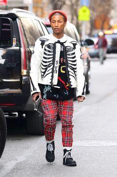 Pharrell Williams Wearing G-Star Raw Elwood Plaid Jeans - Denimology Plaid Jeans, Denim, Kendall Jenner Style, Kylie Jenner, Inspiration Mode, Versace Men, Pharrell Williams, G Star Raw, Sweat Shirt