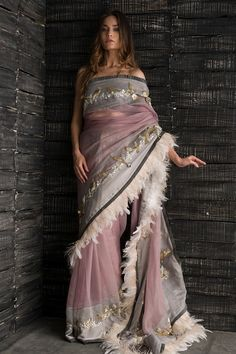 Buy beautiful Designer fully custom made bridal lehenga choli and party wear lehenga choli on Beautiful Latest Designs available in all comfortable price range.Buy Designer Collection Online : Call/ WhatsApp us on : Saree Blouse Patterns, Saree Blouse Designs, Indian Wedding Outfits, Indian Outfits, Indian Designer Outfits, Designer Dresses, Saris, Givenchy, Valentino