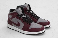 Air Jordan 1 Phat Bordeaux Stealth Black White 364770-605