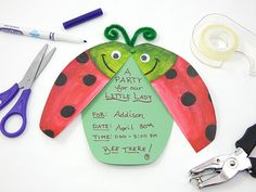 Looking for the perfect party invitation for a little lady? Make an easy invite that is as cute as a bug!