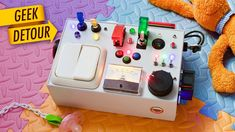DIY Busy Board: Light Switch Box Toy for Toddlers - Sensory Box/Activity Board for kids Busy Boards For Toddlers, Board For Kids, Diy For Kids, Diy Sensory Board, Sensory Boxes, Sensory Wall, Toddler Activity Board, Toddler Activities, Diy Electric Toys