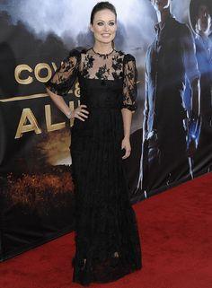Olivia Wilde con vestido largo de encaje negro, de Dolce&Gabbana