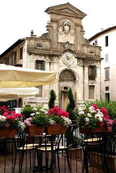 spoleto, piazza del mercato // umbria, italy