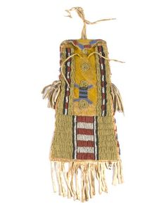 A Southern Cheyenne beaded pouch, might be from Arapaho, looks like recycled Tipi Sun decoration Indian Beadwork, Native Beadwork, Native American Beadwork, Native American Crafts, American Indians, Plains Indians, Bead Loom Bracelets, Beaded Bags, First Nations