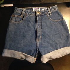 High waisted shorts High waisted denim shorts. Re-poshing because they didn't fit me well. Sold as size 26, but could probably fit sizes 4-5. No size actually listed on the shorts. Shorts Jean Shorts