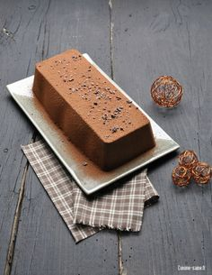 coley cake option (in French, will translate! Desserts Végétaliens, Gluten Free Desserts, Vegan Gluten Free, Gluten Free Recipes, Vegan Recipes, Dessert Recipes, Cooking Recipes, Holiday Treats, Christmas Treats