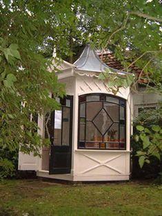Klassieke tuinhuisjes, theekoepels en serres van Aalberts Hout