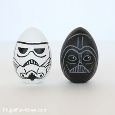 Darth Vader and Stormtrooper Easter Eggs made by Sarah Dees easter images Terrific Star Wars Easter Eggs Funny Easter Eggs, Disney Easter Eggs, Easter Egg Crafts, Star Wars Crafts, Easter Egg Designs, Egg Art, Egg Decorating, Darth Vader, Easter Eggs