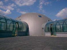 Kopuła Siedziba RMF-FM Cob House Plans, Gate, Dom, House Design, Clouds, Travel, Studio, Viajes, Portal