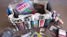 Watch this Gelli video for essentials to pack in your art bag when you're monoprinting on the go. And, click on the tutorial link below to learn about the bi...
