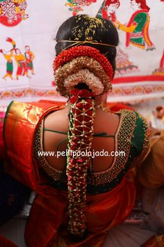 Order Fresh flower poolajada, bridal accessories from our local branches present over SouthIndia, Mumbai, Delhi, Singapore and USA. Telugu Brides, Hindu Bride, South Asian Bride, Flower Garlands, Jada, Mehendi, Bridal Accessories, Artificial Flowers, Blouse Designs