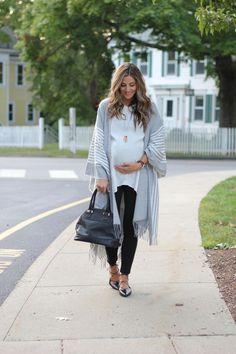 Maternity Style    Ivory and Grey Poncho Fall Maternity fd0fa564125b
