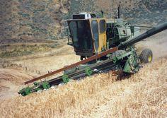 John Deere 95H hillside combine