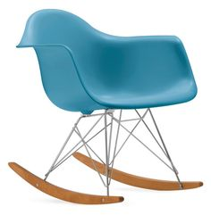 1000 images about bauhaus and beyond on pinterest peggy for Bauhaus eames chair