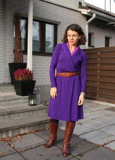 purple dress kamelboots Minne, Purple Dress, High Neck Dress, My Style, Dresses, Fashion, Turtleneck Dress, Vestidos, Moda