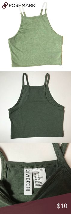H&M XS Crop Top Gently used  No stains/tears  XS  Smoke free home H&M Tops Crop Tops