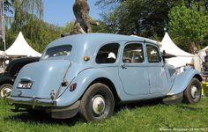 Citroën Traction Avant Familiale 1955 by XBXG, via Flickr