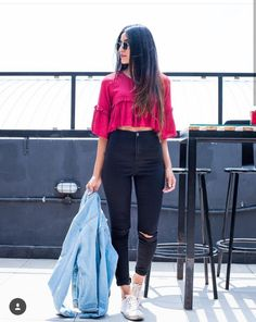 Girls Fashion Clothes, Indian Fashion Dresses, Teen Fashion Outfits, Girl Fashion, Stylish Photo Pose, Stylish Girls Photos, Stylish Girl Pic, Casual Fall Outfits, Trendy Outfits