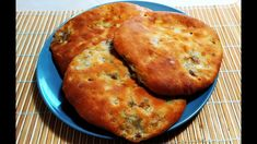 """Fantastic and tasty """"Kapustník"""". Excellent and cheap recipe of our grand. Challa Bread, Cheap Meals, Buffet, Vegetarian, Food And Drink, Chicken, Baking, Breakfast, Sweet"""