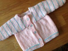 BRASSIERE NAISSANCE ROSE avec petits cœurs : Mode Bébé par coeur-de-layette