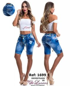 #jeans sexy Church Outfits, Jean Outfits, Spring Summer Fashion, Denim Jeans, Going Out, Beachwear, Summer Outfits, Plus Size, Womens Fashion