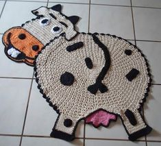 Crochet Cow, Crochet Animals, Crochet Hats, Yarn Projects, Crochet Projects, Crochet African Flowers, Animal Rug, Knit Rug, Crochet Potholders
