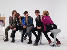 SHINee at Weekly Idol  loved this episode :)