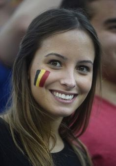 8 World Cup Fans Who Also Deserve Modeling Contracts Hot Football Fans, Football Girls, Soccer Fans, Football Stadiums, Athletic Events, Tv Girls, Beautiful Muslim Women, German Girls, Sporty Girls