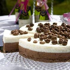 Suklaa-samppanjakakku - Ruokalan reseptit - Ilta-Sanomat