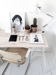 Get the home office design you've ever wanted with these home office design ideas! Feel inspired by the unique ways you can transform your home office!