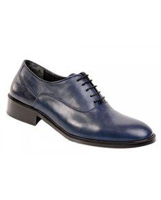 7 Cm. Boyunuzu anında uzatmak ayakkabılarımız sayesinde mümkün. Men Dress, Dress Shoes, Oxford Shoes, Lace Up, Fashion, Moda, Fashion Styles, Fashion Illustrations, Professional Shoes