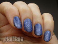 blue sweater nails  https://matmajowe.blogspot.com/2016/11/sweater-nails.html