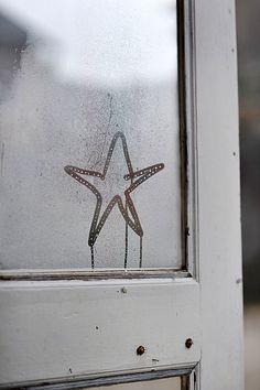 p949m902584, Stern, Beschlagen, Fensterrahmen, Freiraum, Kondensation, Stern, Weihnachten