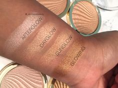 MILANI STROBE LIGHT INSTANT GLOW POWDERS - Skin Face Beauty - UK Beauty Blogger