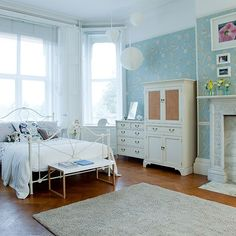 Refreshing Duck Egg and White Bedroom