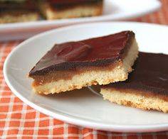 Peanut Butter Caramel Shortbread Bars