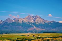 #VysokeTatry in the  Enjoy the beautiful and clean view on the landscape w/ mountains