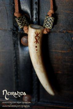 Antler deer tip necklace
