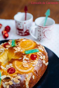 Corazón de Caramelo Ethnic Recipes, Food, Bagels, Cookies, King Cakes, Homemade Breads, Food Recipes, Cooking, Toffee