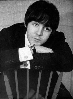 Paul McCartney ~how cute was he? Beatles Love, Les Beatles, Beatles Songs, Beatles Funny, Beatles Photos, Ringo Starr, George Harrison, John Lennon, Great Bands