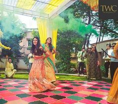 Creative Wedding Dance Floor Designs You Need To Bookmark Now Dance Floor Wedding, Wedding Songs, Mehndi Function, Wedding Stills, Wooden Pattern, Minimal Decor, Floor Decor, Floor Design, Plan Your Wedding