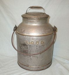 Vintage Metal Milk Can Liq 8 Qt Primitive Country Farm Decor