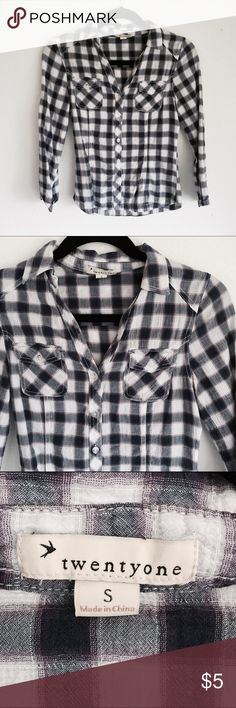 Forever 21 Flannel Forever 21 Flannel. Size small. In good condition, no flaws. Forever 21 Tops Tees - Long Sleeve