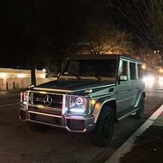 Mercedes does it the best. Mercedes Benz G, Mercedes G Wagon, My Dream Car, Dream Cars, G 63 Amg, Car Goals, Future Car, My Ride, Car Car